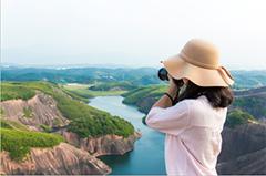 从事相关导游工作者图片